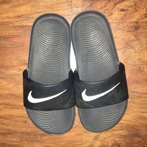 4662d7d9b5cb Kids Shoes on Poshmark